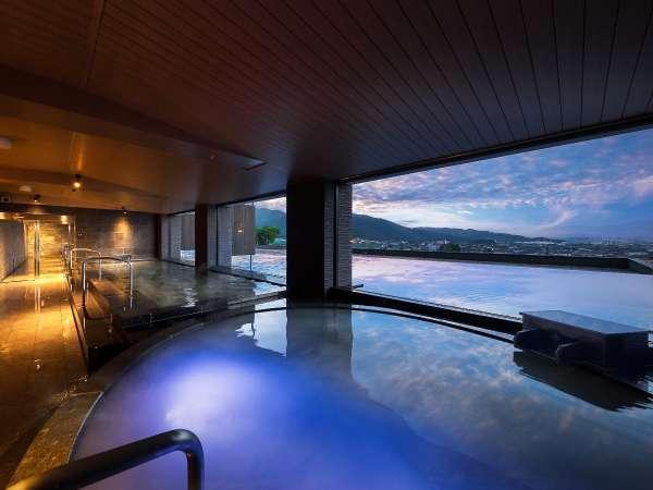 グランドオープン!展望風呂「美しの湯」