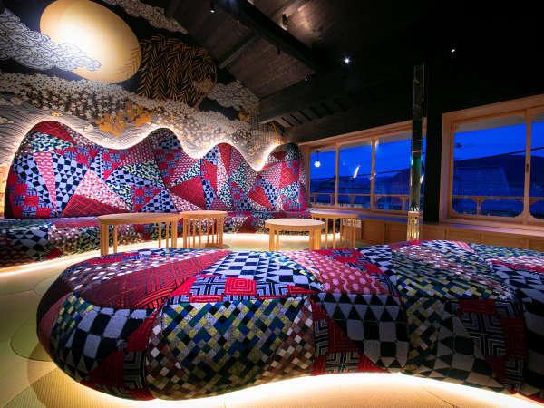 【クラブラウンジ】[天空着物ラウンジ] レディガガの衣装も手掛けたデザイナーによる艶やかな空間