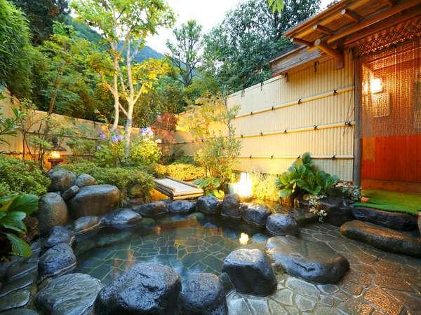 【天然温泉100%の3種の無料貸切風呂の宿 山水荘】箱根大平台に位置する全室6室の隠れ家宿