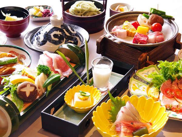 【7月~8月】加賀の山海の恵みを盛り込んだ「旬華膳」