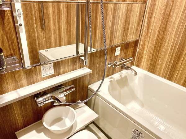 お風呂は洗い場付きでご家族でも快適にご活用頂けます。