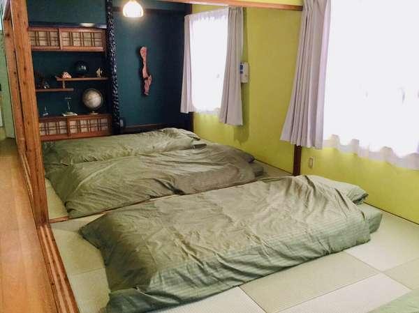 寝室。寝心地良いマットレスを使用しています。