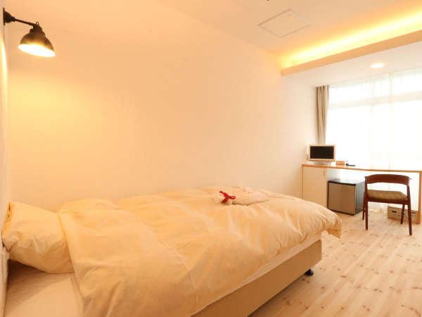 【セミダブル】北欧ヴィンテージの家具に、[寝心地の良さ]を重視した寝具を用意しました。