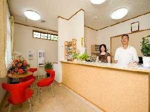 フロントにコーヒ、紅茶、日本茶無料、御自由にどうぞ!