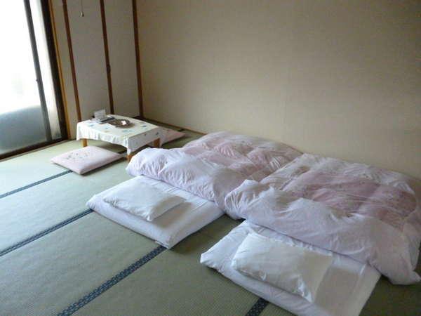 和室のお部屋高級羽毛布団