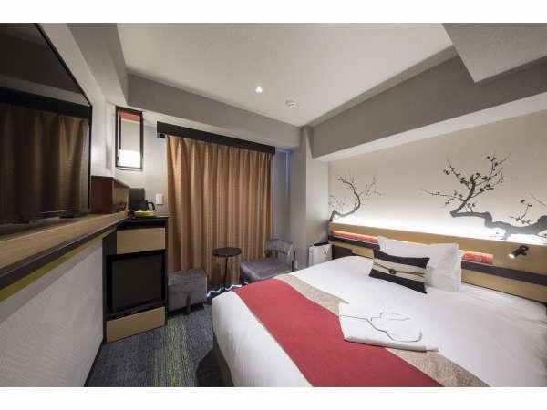 【シングルルーム】ビジネスに人気の客室はダブルサイズのシモンズベッドを採用洗い場付きバスルームを用意