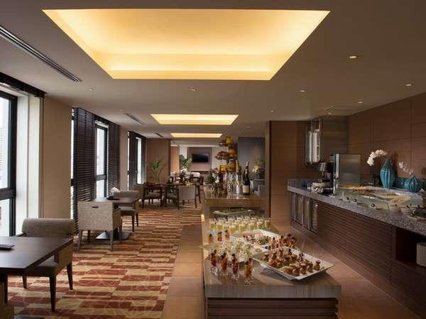 エグゼクティブラウンジ:極め細やかなサービスでお客様のご滞在をサポート。