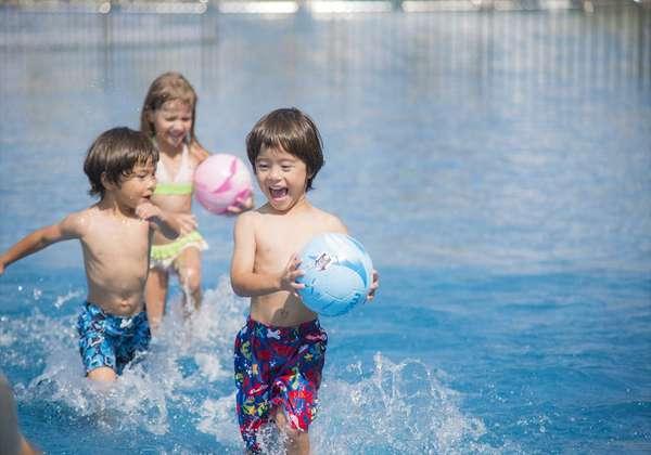 お子様用のプール完備。お子様も思い切り遊べます♪