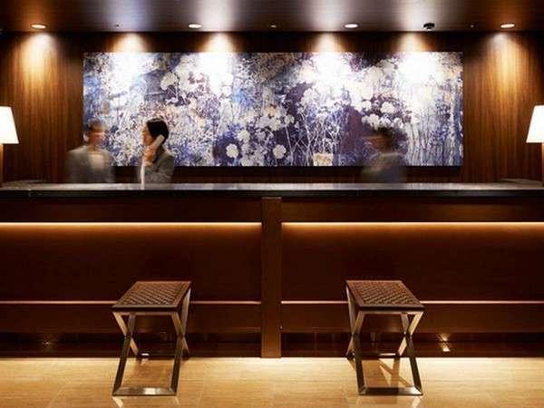 フロントスタッフがおすすめの飲食店や観光地をご案内いたします