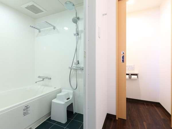 トイレ・洗面台が独立したバスルーム/デラックスダブル・ツインルーム