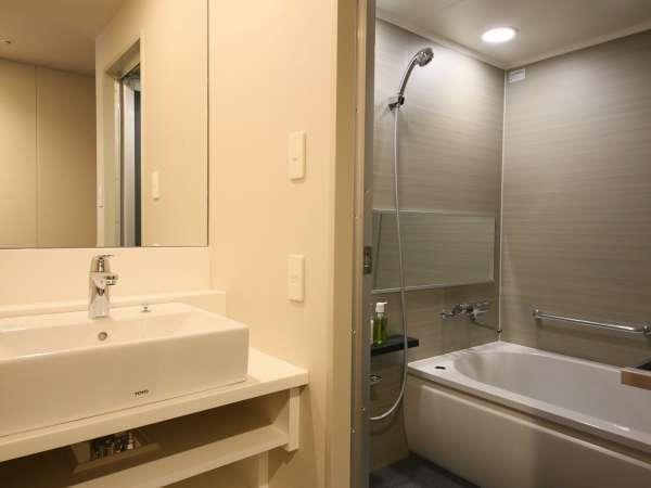 【バスルーム】バス・トイレは別々の独立型を採用