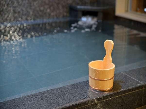 たかちほの湯には神経痛や筋肉痛、切り傷や冷え性など様々な効能がございます。