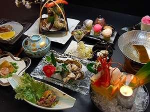 「活けあわびと季節の懐石」(一例です)あわびのお造り・焼き・天ぷらなど、あわび好きにはたまりません★