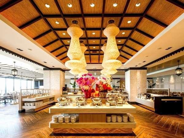 【ビュッフェレストラン シーフォレスト】沖縄料理をはじめ、国際色豊かなメニューが魅力