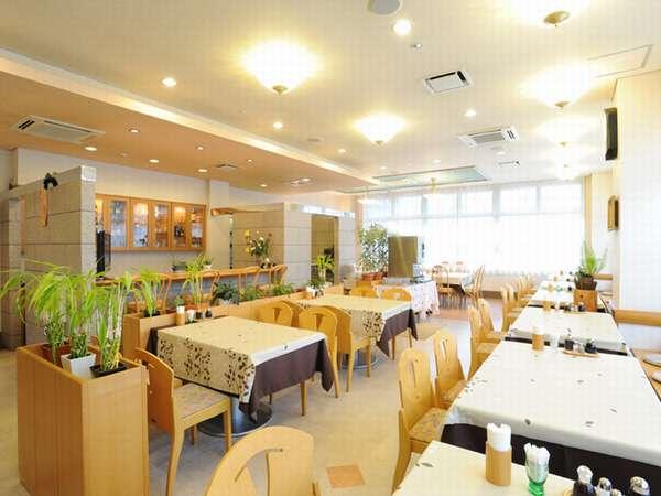 ホテルベネックス米沢内『レストラン楓』お気軽にご利用下さい。