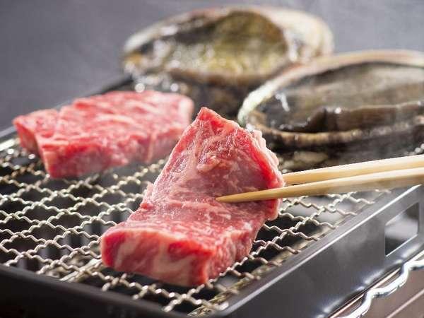 <網焼き料理>のグレードアップ「アワビ&松阪牛」(一例)