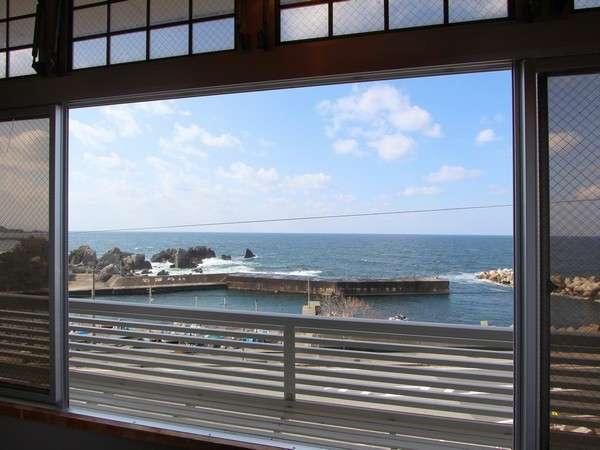 お部屋から望む日本海