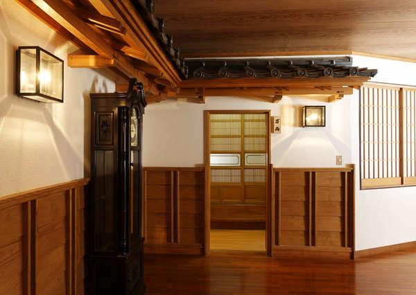 【万両】入口(広々和室18畳)