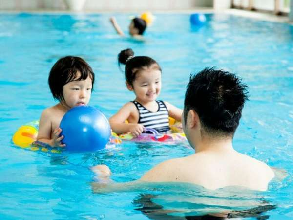 【プール】オールシーズン室内プール&ジャグジー営業!宿泊者はもちろん無料
