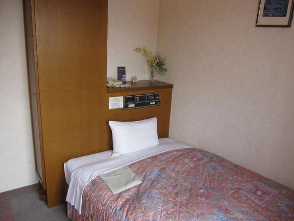 客室 12㎡ ベットサイズ 190×105cm