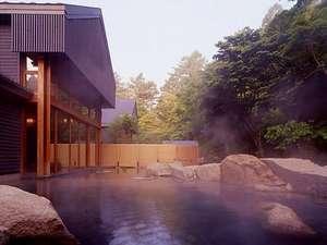 星野温泉トンボの湯・露天風呂(当館から車で8分)