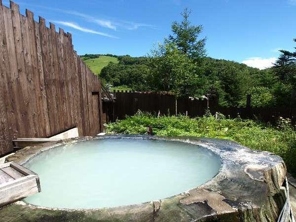 【Spa Lodge Redwood Inn レッドウッドイン】夕食クチコミ5ッ星!!世界一大きい丸太露天風呂のスパロッジ