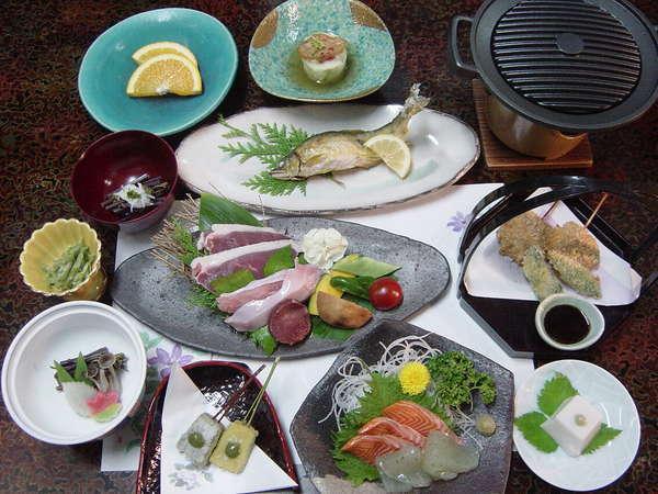 山の幸会席料理例