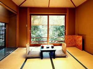 自然と静寂に抱かれた時をお楽しみいただける小和室