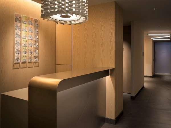 フロントにも各部屋にジオラマ化しているテラダモケイ1/100添景シリーズ「春夏秋冬」が飾られている