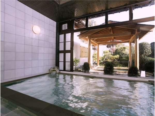 秩父大竜寺源泉使用のお風呂はお肌がツルツルになります。