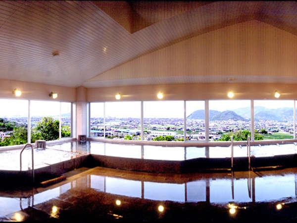 【城山温泉】国立公園城山温泉では月替わりの大衆演劇や展望風呂より瀬戸を一望