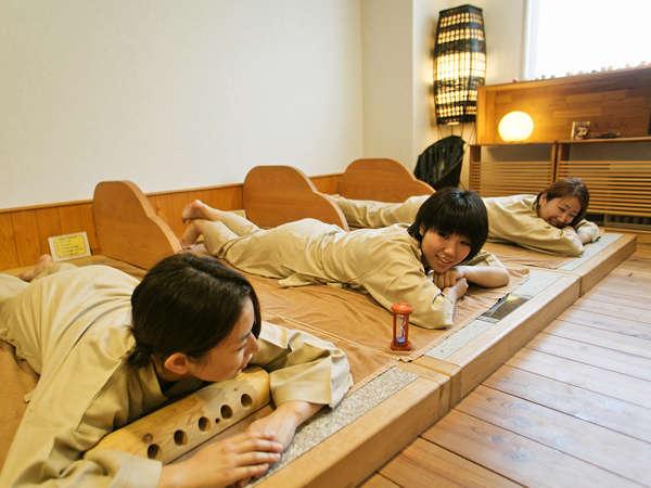 ■女性専用岩盤浴「心楽」/女性は無料♪身体を温め、新陳代謝を活発にする効果。更なる女子力UPを