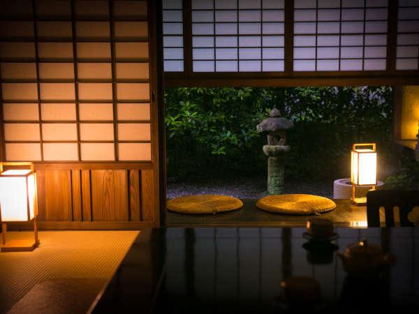 【特別室】古き良き時代の「茶室」を表した全6棟の特別室。
