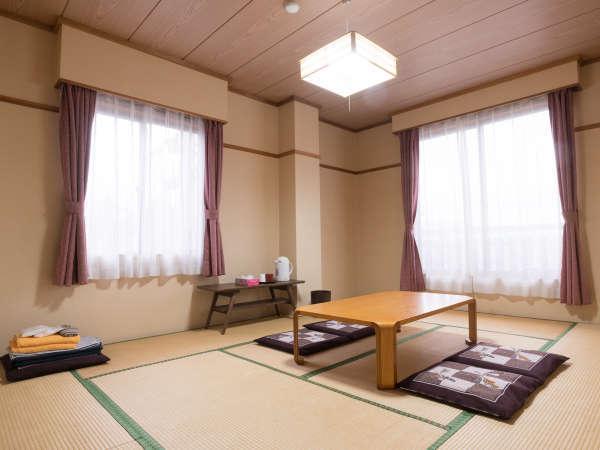 清潔感のあるお部屋で、戸狩の大自然を感じて清々しい朝をお迎えください。