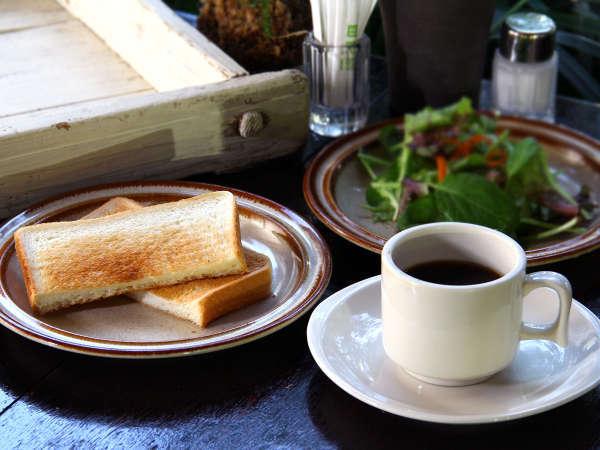 【軽朝食イメージ】トースト・スープ・コーヒーを無料サービス!ご自由にお召し上がりください♪