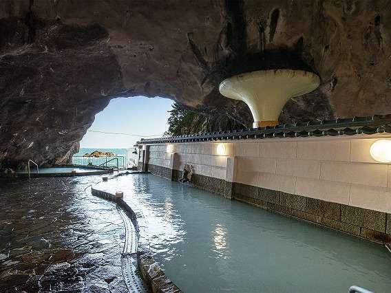 【南紀勝浦温泉 ホテル浦島】絶景の大洞窟温泉と温泉巡りが自慢の宿