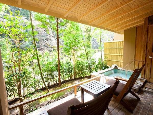 客室風呂一例:谷の蔵