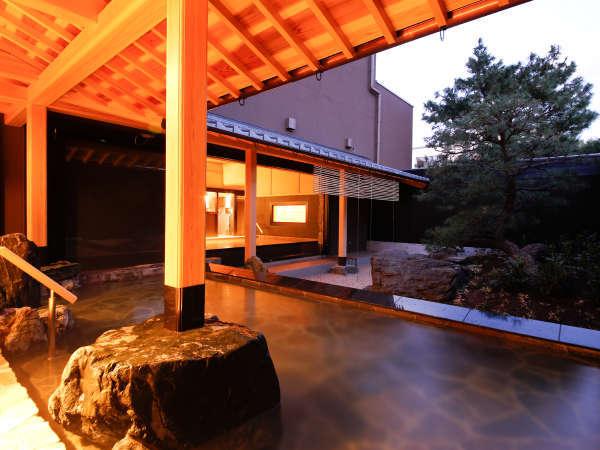 【温泉大浴場 庭の湯】露天風呂