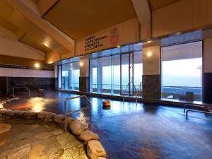 大浴場は天然自噴温泉です♪トロトロした泉質が自慢!!(大浴場)