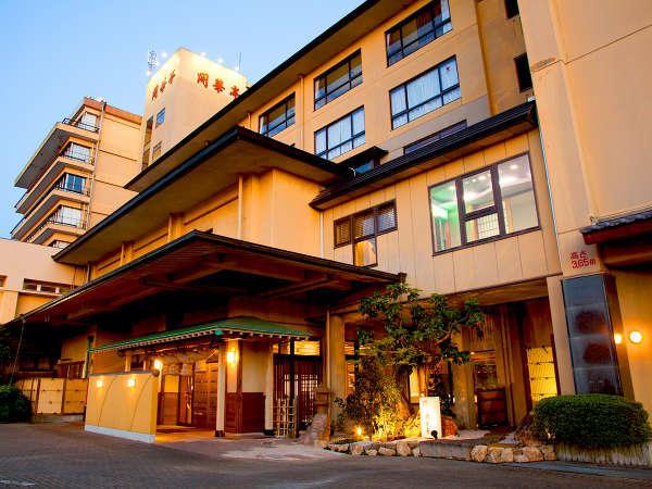 浜名湖畔に佇む和風旅館