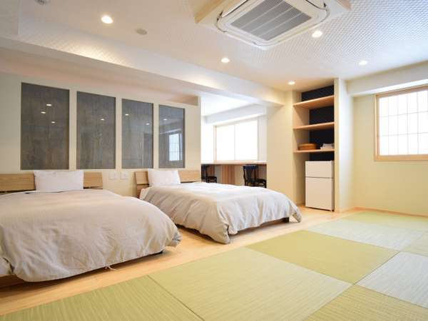 畳敷き+ツインベッドの広々メインルーム 専有風呂+お食事専用ダイニングルーム付 70㎡特別モダン客室