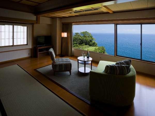 クラブフロア「海椿」和洋室/上質な空間とおもてなしでお迎えする特別室