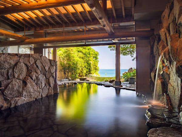 鳴門天然温泉の露天風呂に浸かりながら小波のサウンドで癒されよう♪