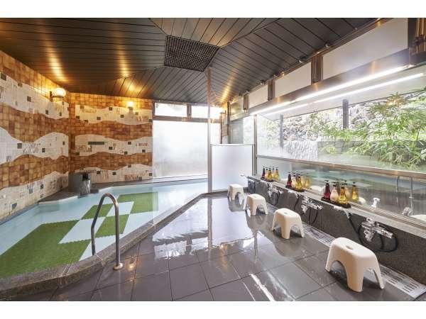 大浴場:当館の温泉は湯冷めしにくく、肌のハリを回復させる作用があると言われています。