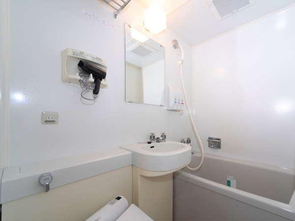 客室ユニットバス(当館に大浴場はございません)