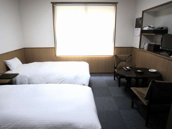 人気のツインベッドルームは当館に1室のみ!ご予約はお早めに!