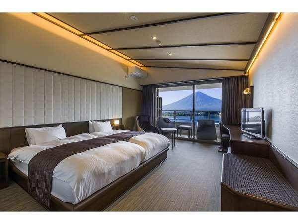 【サニーデ・リゾート <ホテル&湖畔別邸 千一景>】島津公爵別荘跡の森に佇む全室から富士山を望む湖畔の宿。
