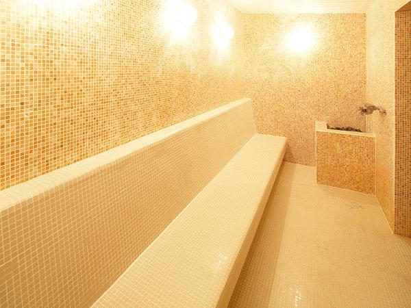 [女性]大浴場内サウナ。ミストタイプのサウナです。