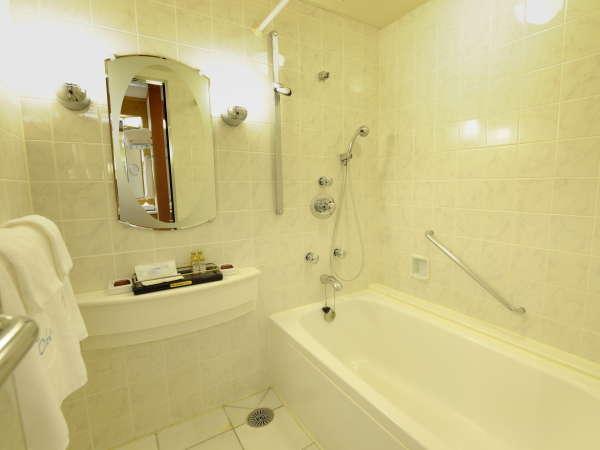 スイートルーム・バスルームイメージ