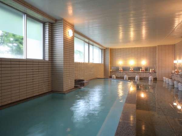 ◇朝風呂も爽やかな男性大浴場